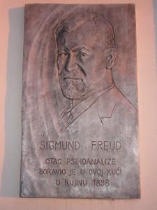 Freud je spavao Splitski san na rivi tokom ljetovanja u Dalmaciji.